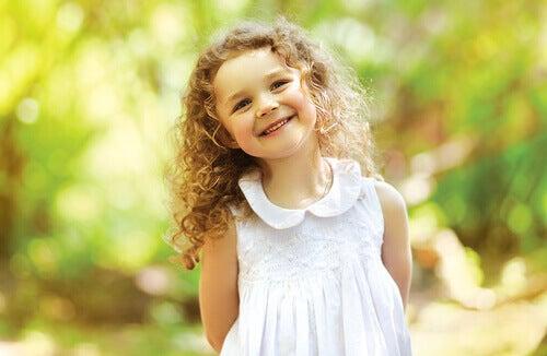 petite fille portant un prénom provenant de la bible