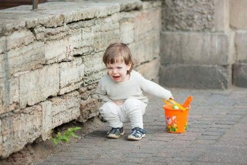 Les enfants se comportent-ils moins bien avec leurs parents ?