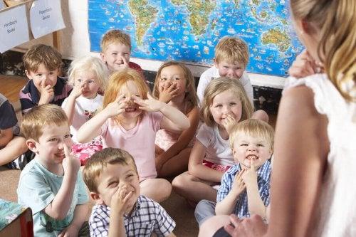 Les crèches pour les bébés et les enfants : quels sont les avantages ?