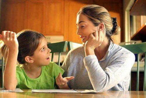 apprendre des leçons à sa fille