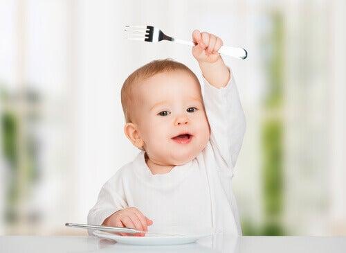 Votre bébé s'étouffe en mangeant