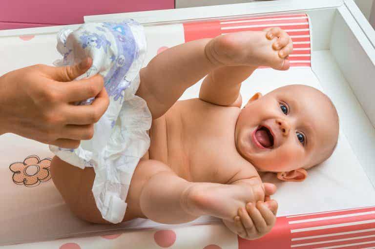 7 erreurs à éviter quand nous changeons la couche de bébé