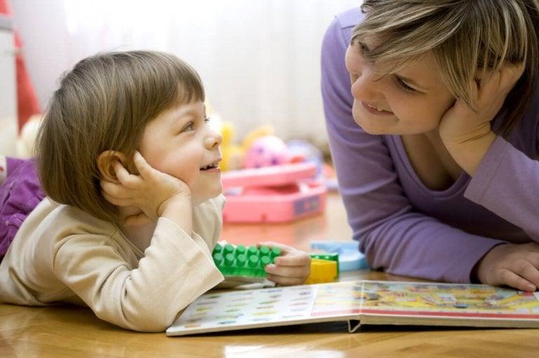 7 exercices pour corriger le retard de langage chez les enfants