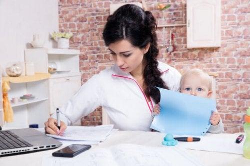 Etre mère et étudier