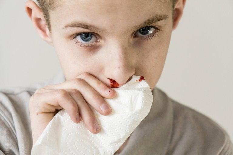 Pourquoi mon enfant saigne du nez ?