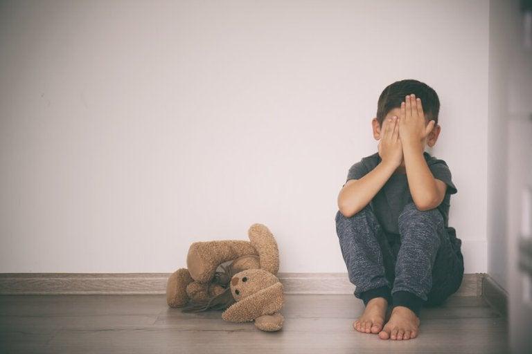 Comment aider un enfant à surmonter ses peurs ?
