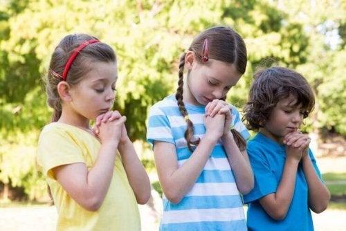 Rapprocher les enfants de Dieu