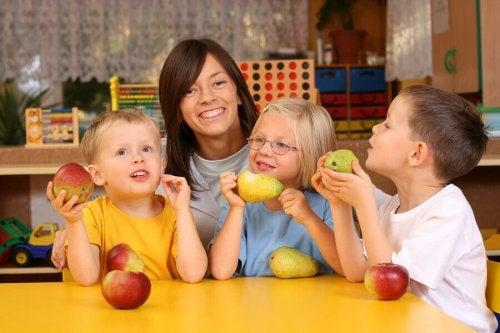 8 aliments riches en vitamines pour les enfants