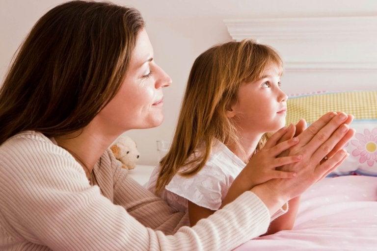 10 façons de rapprocher votre enfant de Dieu