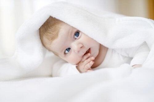 Comment savoir si votre bébé a une bonne vue ?