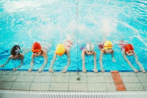 Pourquoi est-il important que les enfants apprennent à nager ?
