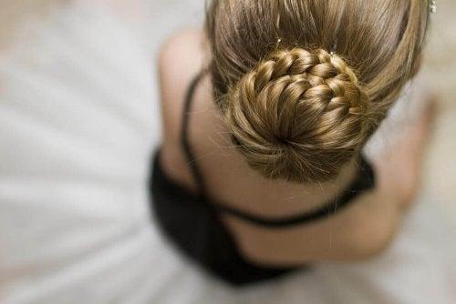 les coiffures simples pour fille