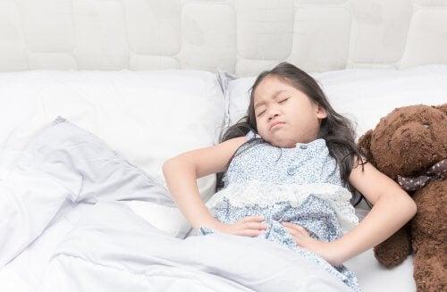 Les enfants atteints d'épilepsie peuvent arriver à l'âge adulte et ne plus présenter de signes de cette maladie.