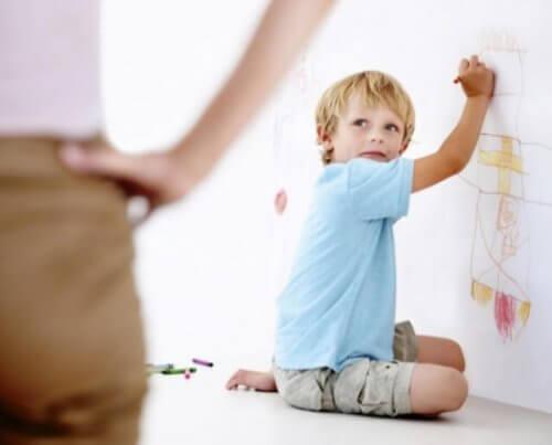 punir les enfants désobéissants