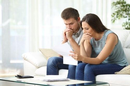 Il est très important de rassurer son partenaire en lui disant qu'il a une préparation parentale innée et qu'il peut s'occuper très bien de ses enfants.