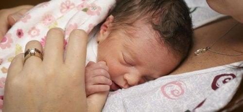 S'occuper d'un bébé prématuré à la maison