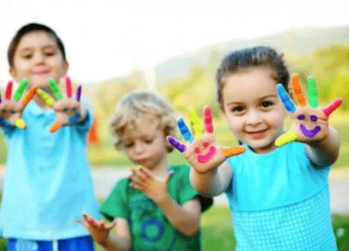 Des jeux simples pour le développement d'un enfant de 3 ans