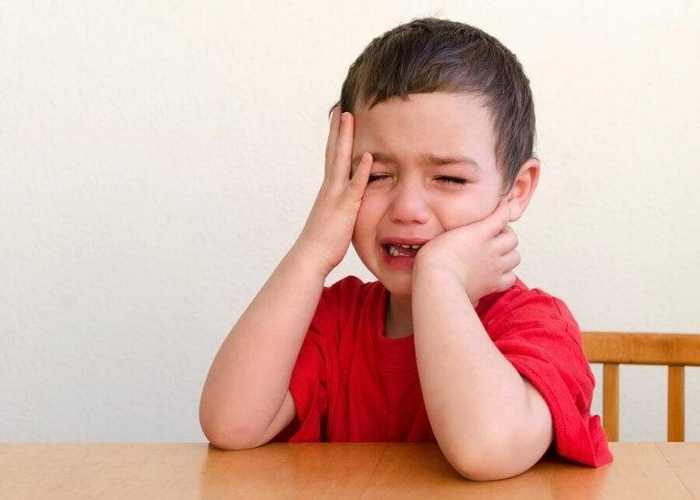 Pourquoi les enfants aiment attirer l'attention ?