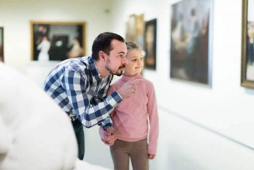 Devrions nous obliger les enfants à obéir ou à apprendre à penser ?