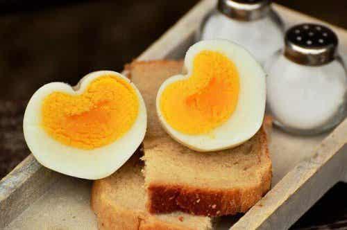 Quand faut-il introduire les œufs dans l'alimentation des enfants ?