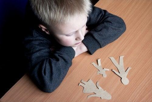 la séparation des parents créer des traumatismes