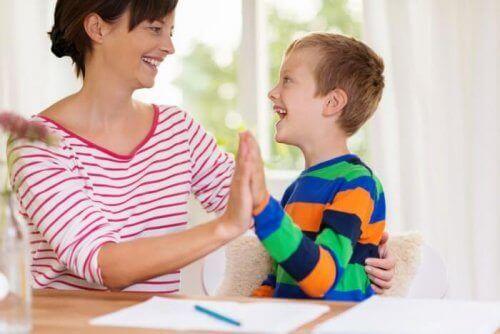 Il faut rester bien informé sur les troubles du spectre de l'autisme afin d'éviter de tomber dans les mythes de l'autisme.