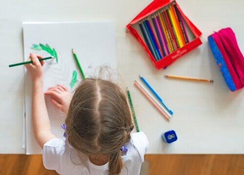 Comment développer la motricité fine des enfants ?