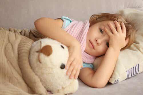 Les maux de tête chez les enfants : causes et traitements