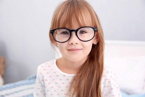 Qu'est-ce que l'hypermétropie chez les enfants ?