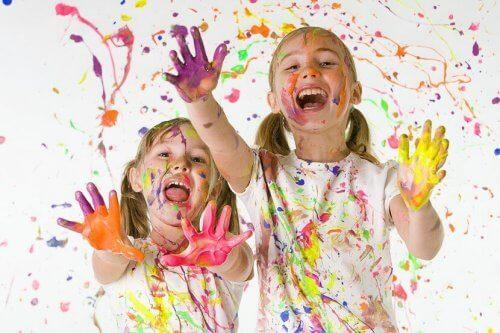 Comment transmettre aux enfants l'importance de l'art ?