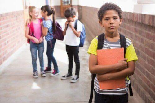 Isolement scolaire : qu'est-ce que c'est et comment l'éviter