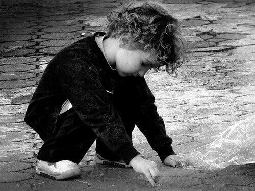 Comportements pouvant être des signes d'autisme