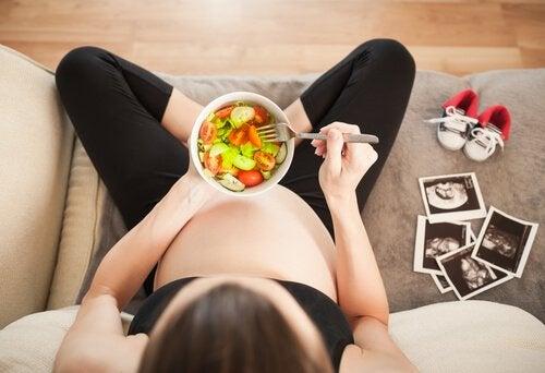 alimentation de la maman pour la douzième semaine