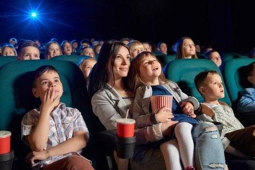 Les avantages du cinéma pour enfants : films recommandés