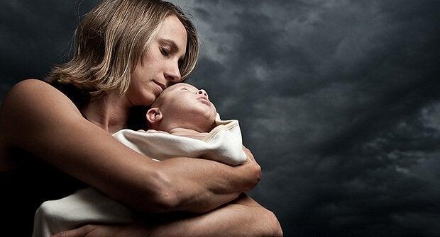 La psychologie périnatale peut aider n'importe quelle femme à affronter les épreuves de la dépression post-partum.