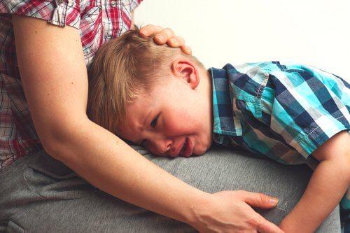 L'hyper-attachement chez les enfants