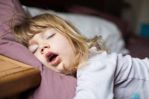 Que faire si mon enfant ne respire que par la bouche ?