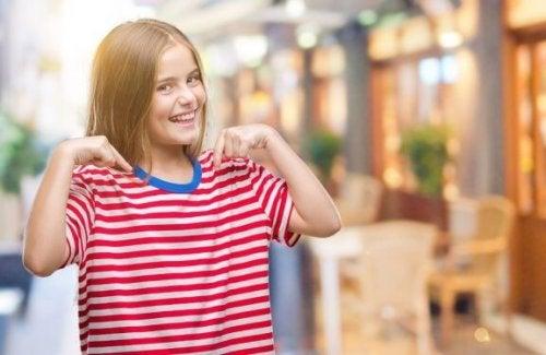 Comment apprendre aux enfants à s'estimer ?