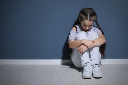 La violence domestique peut affecter considérablement le développement des enfants même s'ils ne la subissent pas directement.