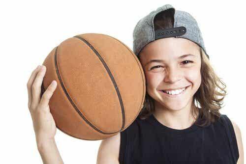 Le basketball : bienfaits physiques, cognitifs et sociaux