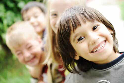 Comment aider un enfant à se sentir bien ?