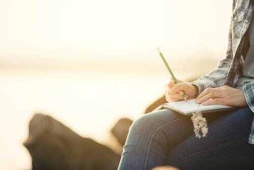 Les avantages d'écrire dans un journal intime