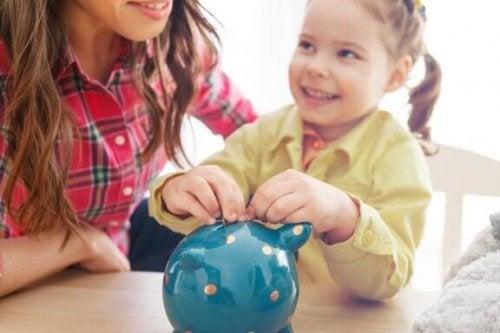 Pourquoi il est important d'inculquer aux enfants la valeur de l'argent