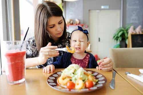 Encourager les enfants à essayer de nouveaux aliments