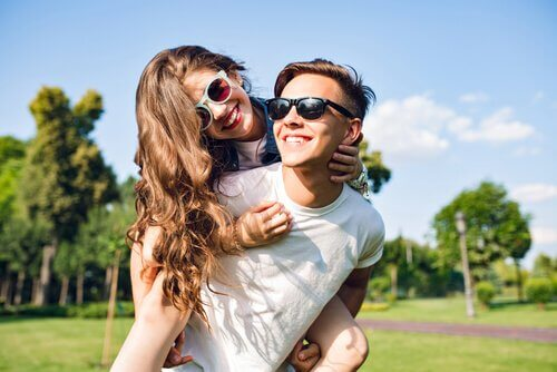 Le premier amour à l'adolescence