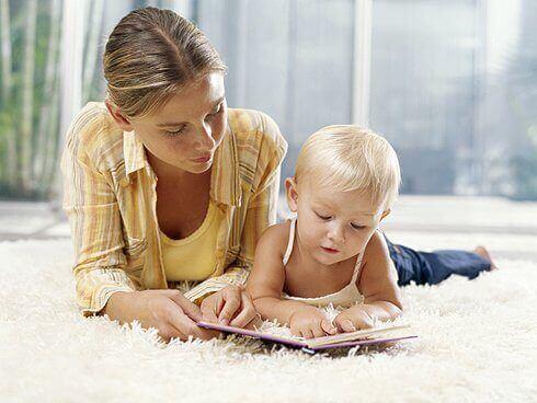Les enfants dyslexiques sont incapables de reconnaître les lettres et de les associer pour former un mot.