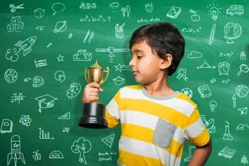 Récompenses ou punitions pour les résultats scolaires ?