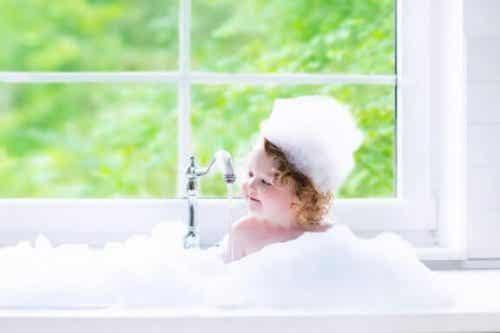 Le bain chez les enfants : quelques conseils pratiques