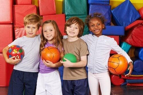 Respecter les différences est une valeur indispensable à l'éducation d'un enfant dès son plus jeune âge.