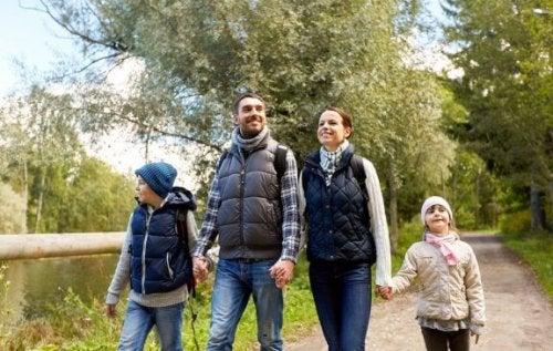 Bienfaits des randonnées pédestres en famille